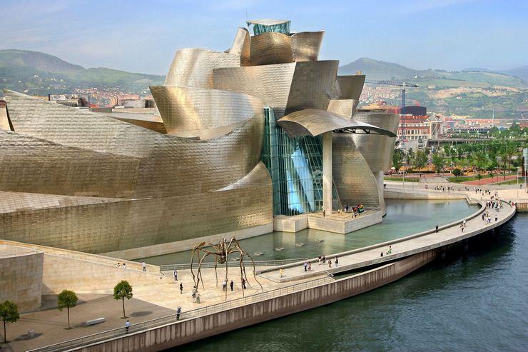 Музей современного искусства Гуггенхайма (Бильбао, Испания)