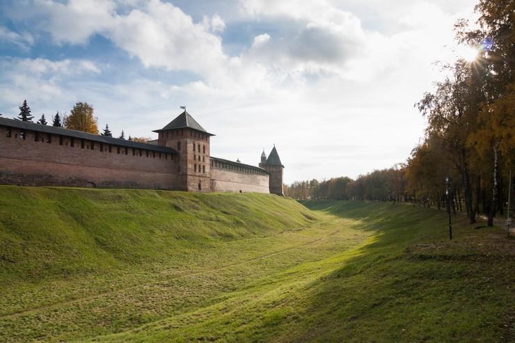 Появился Великий Новгород во второй половине IX века