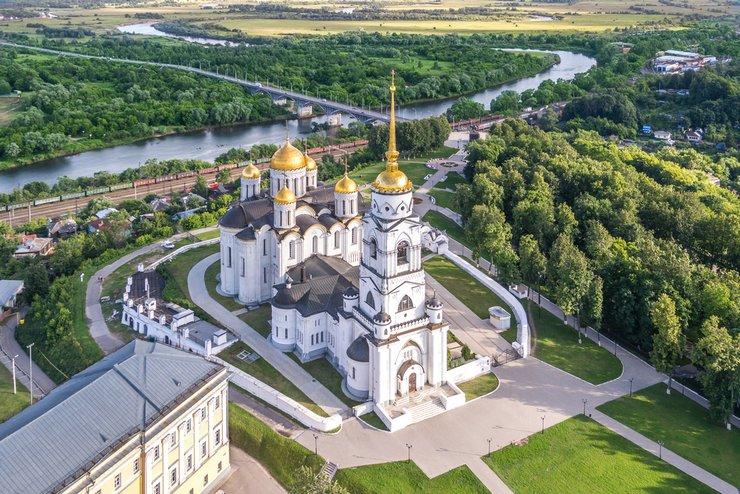 Недаром о Владимире говорят, что все здания города – это архитектурные памятники, возведенные много веков назад