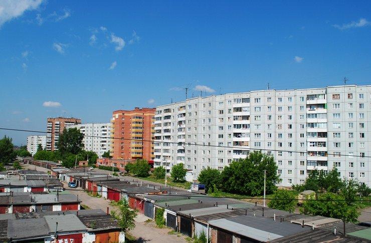 Улица Семафорная в городе Красноярск