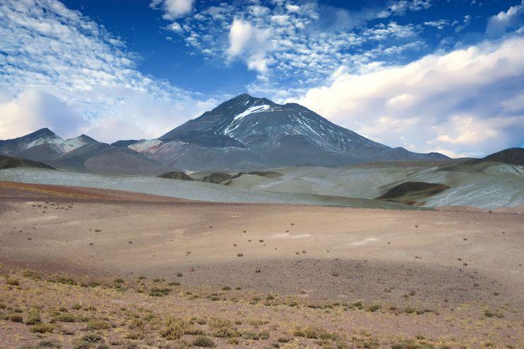 Высочайший вулкан на Земле – Льюльяйльяко